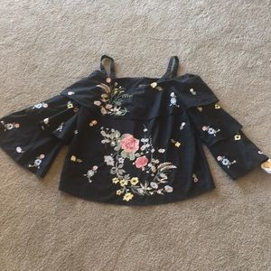 NWT INC Cold shoulder Top Flowers rhinestone